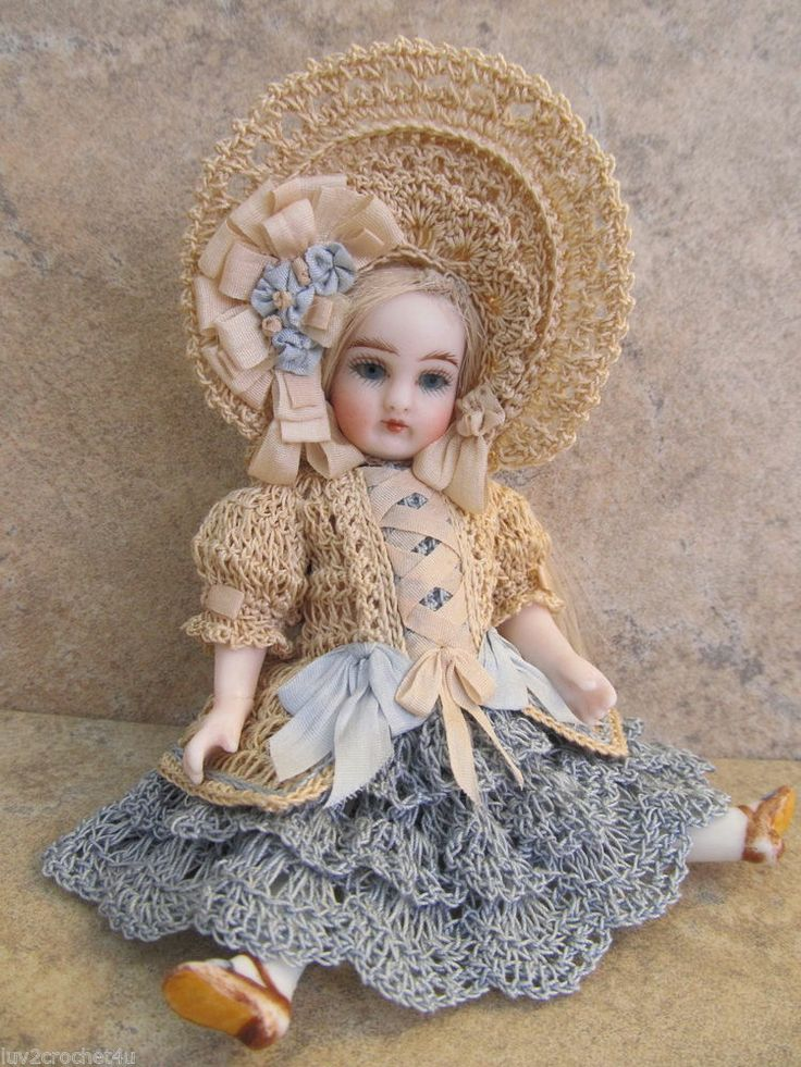"""VICTORIAN STYLE CROCHETED DRESS SET FOR 5""""- 5 1/2"""" ALL BISQUE DOLL* by Tina"""