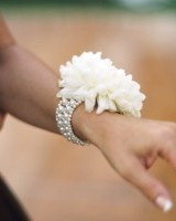 So pretty! Mother of the Bride wrist Corsage...I made this for a friend!! This is a great idea!