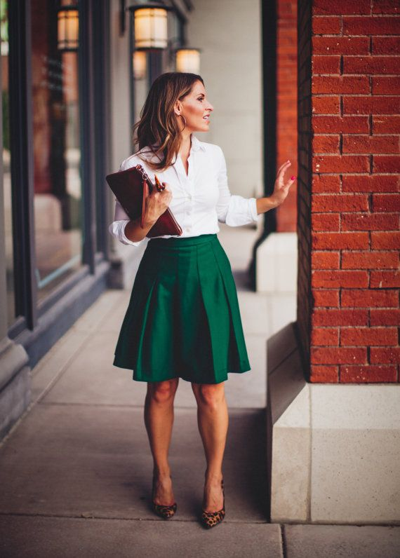 Oxford Pleated Skirt with pockets in Green | Oxfords