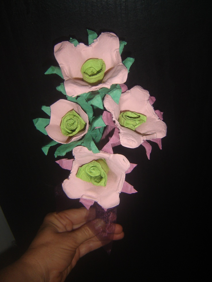 A bunch of thank you flowers we upcycled from egg cartonsRecycle Ideas, Recycle Reuse, Upcycling Recycle