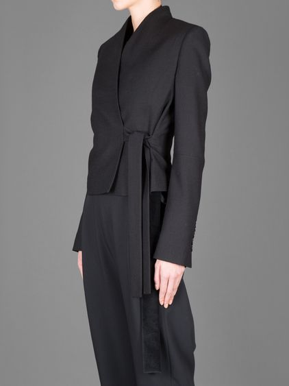 DAMIR DOMA JIME CROPPED COLLARLESS JACKET WITH FRONT STRAP CLOSURE