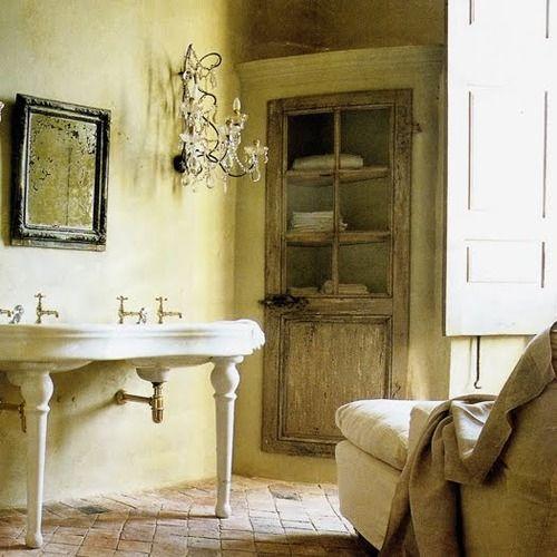 love this!: Brick Floors, Bathroom Doors, Dresses Design Decor, Consoles Sinks, Bathroom Ideas, Farmhouse Style, Maine Bathroom, Bath Ideas, Green Rooms