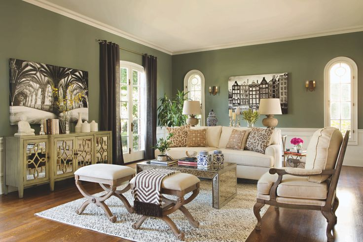 Every living room deserves a little glamour livingspaces for Jeff lewis living room designs