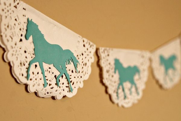 Homemade Horse Doily Garland Hyla's horse theme party
