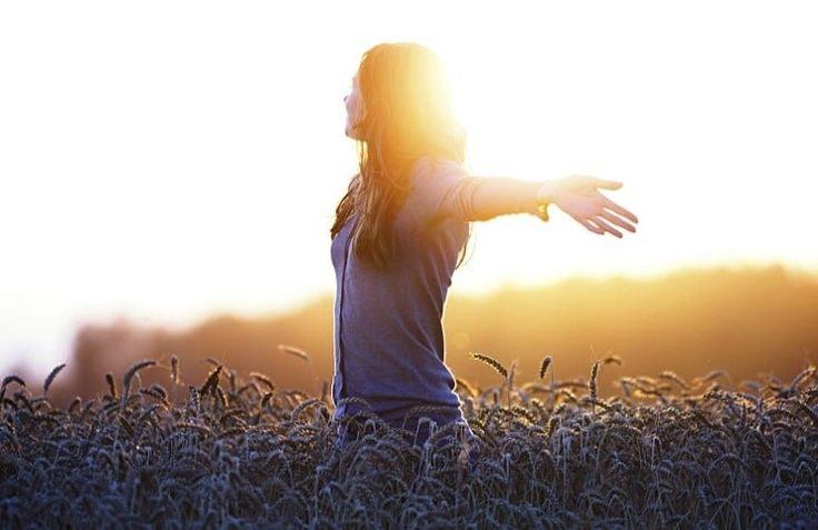 Хвалите – этот призыв проходит через каждый псалом, достигая в последнем из них своего пика. Здесь частота переходит в непрерывность:  «Хвалите… хвалите… хвалите… хвалите… хвалите… хвалите… хвалите… хвалите… хвалите… хвалите…»(Псалом 150).  Здесь хвала уже не просто песня, слово или тема, но ду