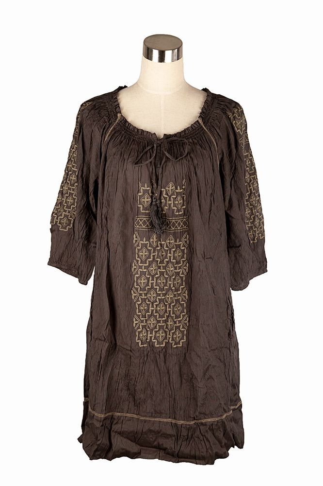 Cake grey tunic with khaki embroidery on front and back, stunning with leggings and boots.