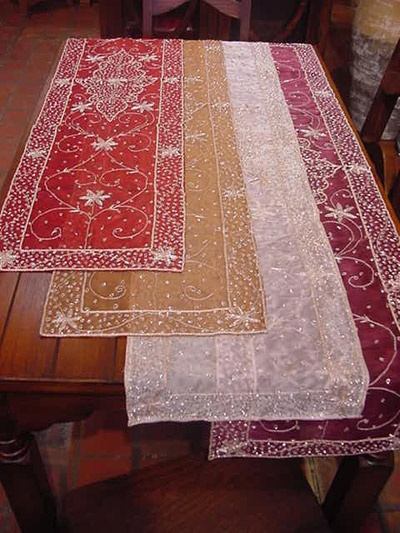 a little bit of India: Tables Runners, Table Runners
