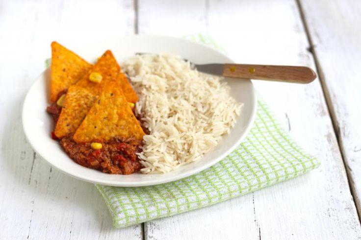 Heb je weinig tijd om te koken maar wil je toch een lekkere maaltijd op tafel zetten? Probeer dan eens dit lekkere rijstgerecht.