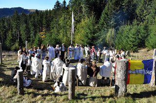 Valentin Roman: Instantanee dintr-un basm: o nuntă dacică în anul 2013 (FOTO)