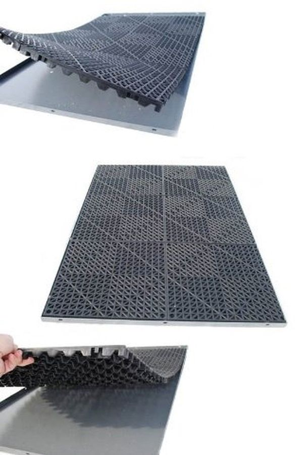 5 Best Dog Kennel Floorings Reviewed To Make Sure Your Pet Is Safe And Comfortable From FindMats.com