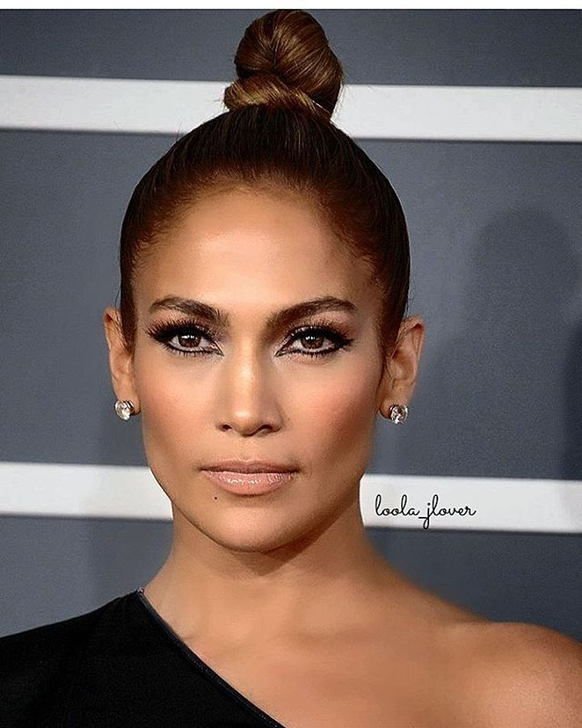 Stunning 👑  #QueenJLo #SlayLo @jlo #JLo #JenniferLopez