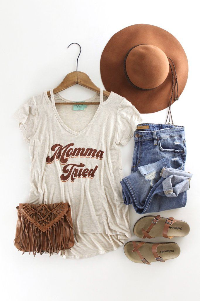 Momma Tried Tee | Casual, comfy, and cute outfits. Boho style. Western fashion. therollinj.com