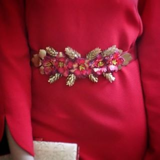 #MissDaisy #Valencia #cinturondeflores #cinturon #flores #invitada #invitadaperfecta