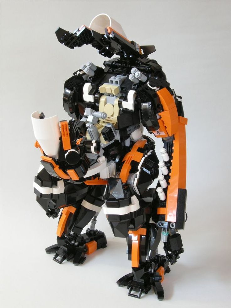 kwi-chang. Urus. Lego mech.