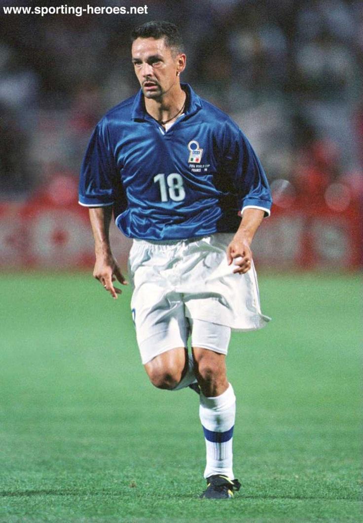 Roberto Baggio. Jugador de extraordinaria calidad, idolo maximo en italia