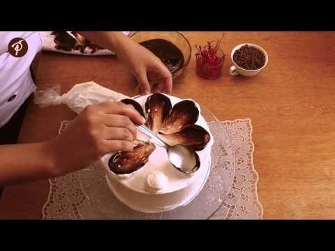 Decoração de bolo em 1 minuto - Ganache de chocolate, chantilly e colher - YouTube