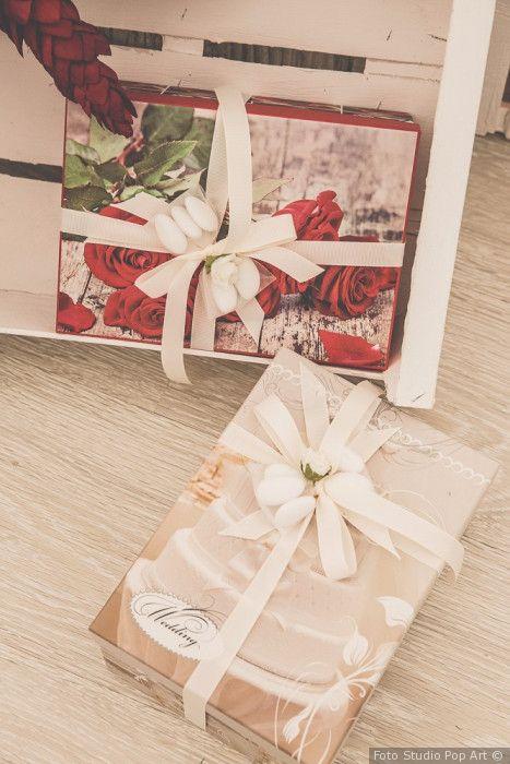 Oltre 25 fantastiche idee su bomboniere di nozze su - Idee bomboniere testimoni di nozze ...