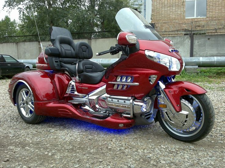 trike motorcycles this one looks pretty nice with wheels pinterest honda nice and. Black Bedroom Furniture Sets. Home Design Ideas