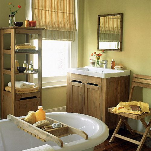 Earthy, natural bathroom: Wood accents + Farrow  Ball's 'Print Room Yellow' by xJavierx, via Flickr