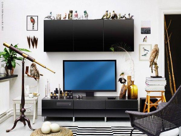 Uppleva - スマートテレビと BD / DVD / CDプレーヤ、2.1.chサウンドシステムが AVラック / テレビ台と一体化したIKEAの家具。