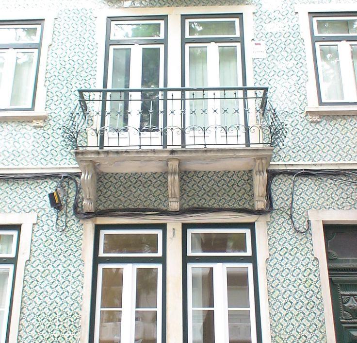 Rua Almirante Barroso - Lisboa