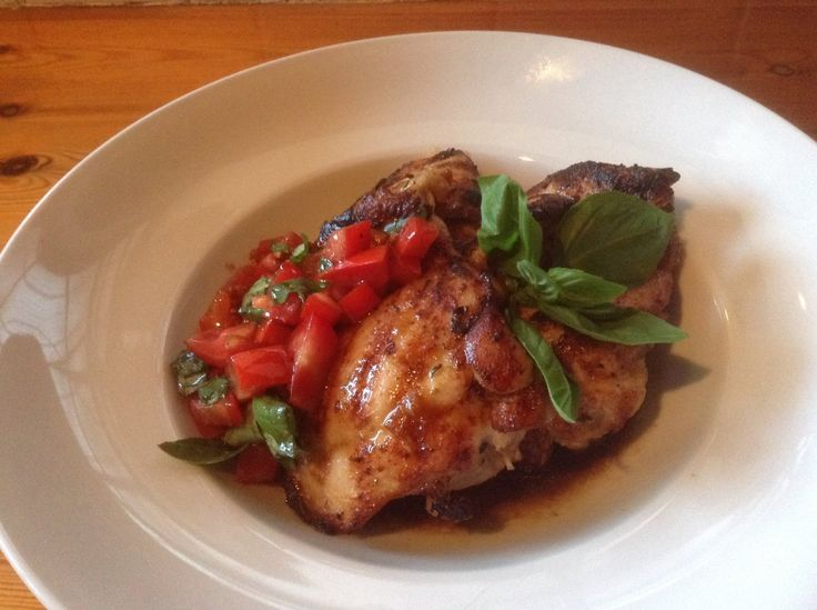 Grilled Chicken With Tomato & Basil Salsa