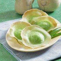 KUE APE PANDAN Sajian Sedap  Asian Indonesian food cuisine