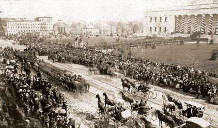 The Ohio Statehouse in Columbus, Ohio, on the day of Abraham Lincolns funeral - April 29, 1865