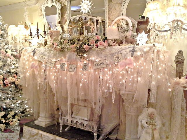 Penny's Vintage Home: Christmas Mantle ... mantel