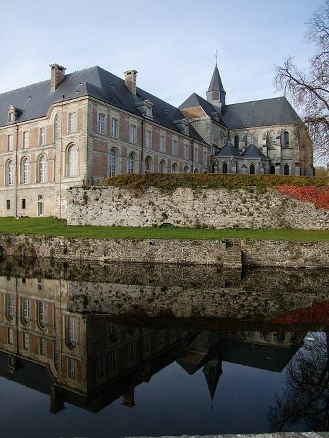 Aisne - Thiérache - Abbaye de Saint Michel