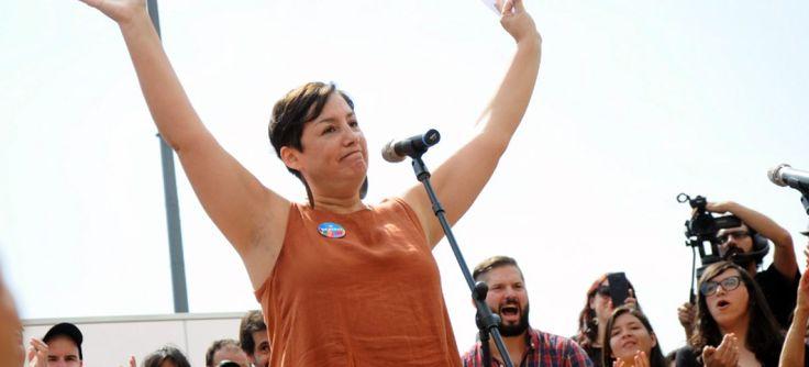 Beatriz Sánchez oficializa precandidatura por el Frente Amplio
