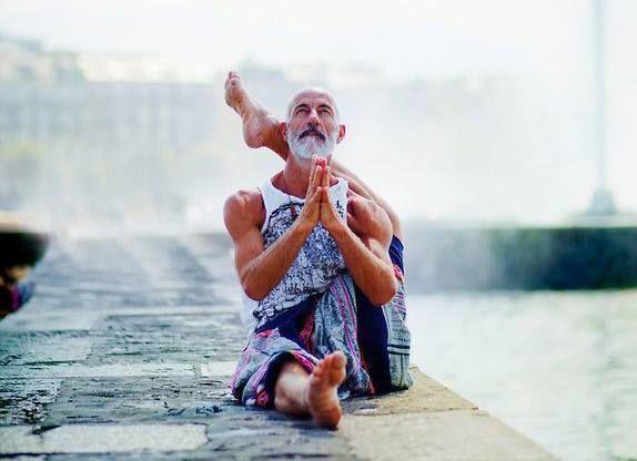 Картинки по запросу йоги индия
