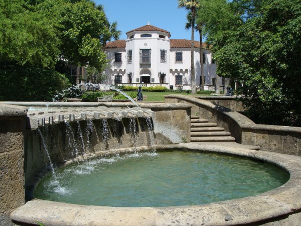 Living In: Alamo Heights | The McNay #KSIR