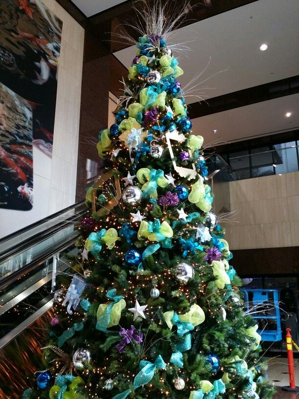 Decorating Artificial Christmas Tree