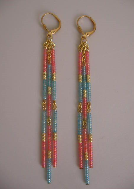 Boucles doreilles perle de rocaille-corail/bleu par pattimacs