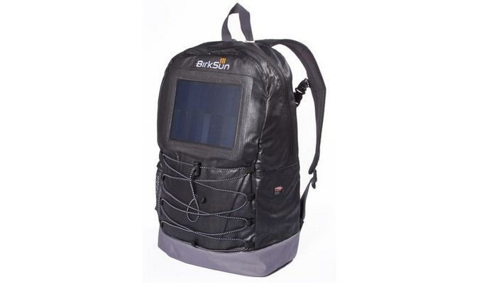 Birksun Solar Powered Backpack Gadget USB Charger http://coolpile.com/gadgets-magazine/birksun-solar-powered-backpack-gadget-usb-charger/ via @CoolPile.com.Com  #CoolPile #Gadgets #Gear #Geek #Tech  Android, Backpacks, Bags, Battery Charger, Be Prepared, Extended Battery, Hiking, iPhone, Laptops, Outdoors, Smartphones, Solar Power, Tablets, Travel, USB