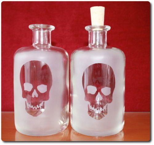 1-leere-Glasflasche-Likoerflaschen-Skull-Halloween-Flaschen-schnapsflaschen