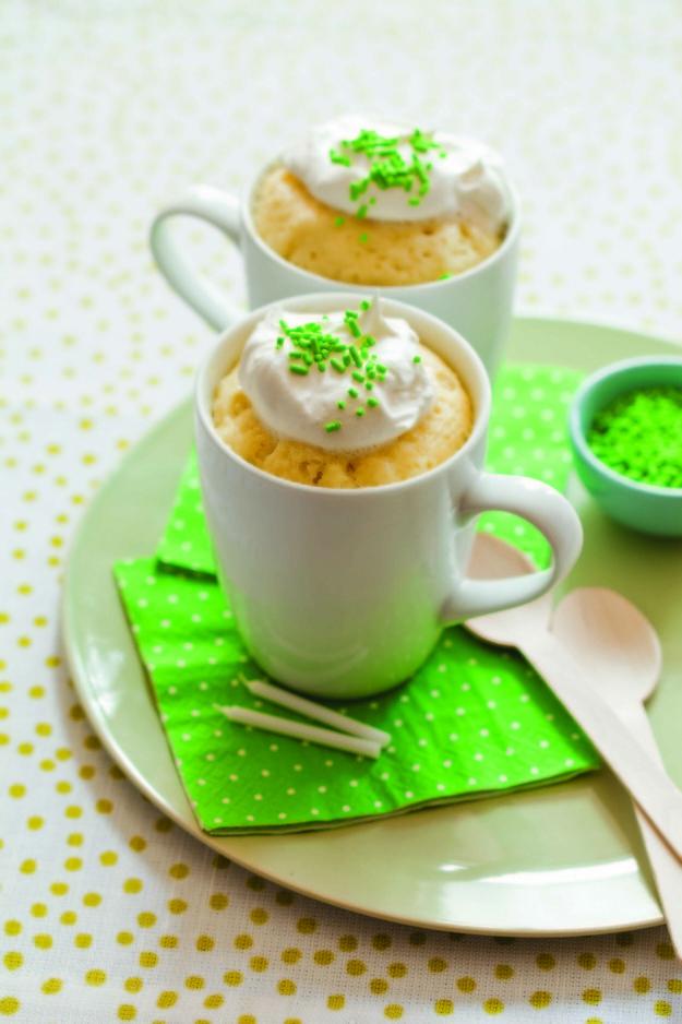 Classic Yellow Mug Cake | How To Microwave Mug Cakes That Actually Taste Good