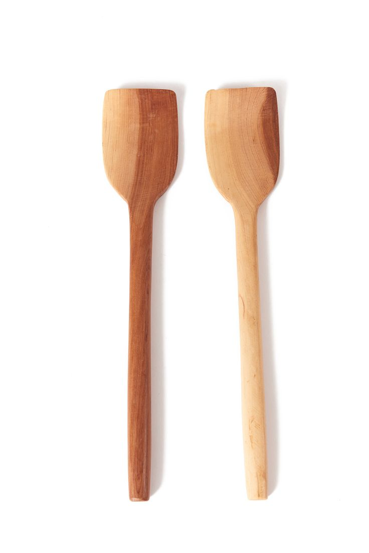 Toss your salads easily with our hand carved wooden spoons.  Wood Handmade in Oaxaca Demensions Fairtrade