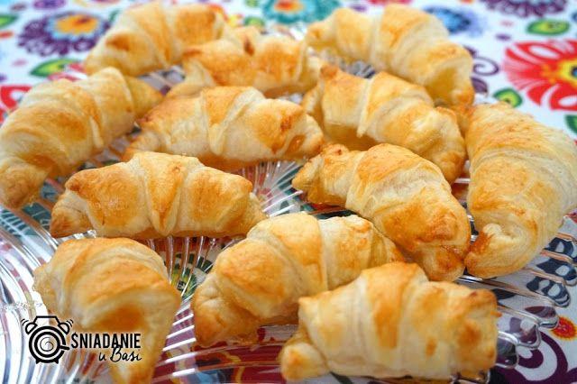 ...Pomysłowe i pyszne śniadania!: Błyskawiczne mini croissanty z dżemem brzoskwiniow...