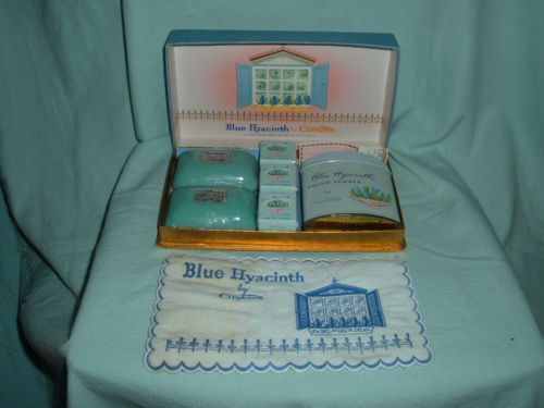 Isi cussons baby gift box : Earth alone earthrise book soaps vintage and boxes