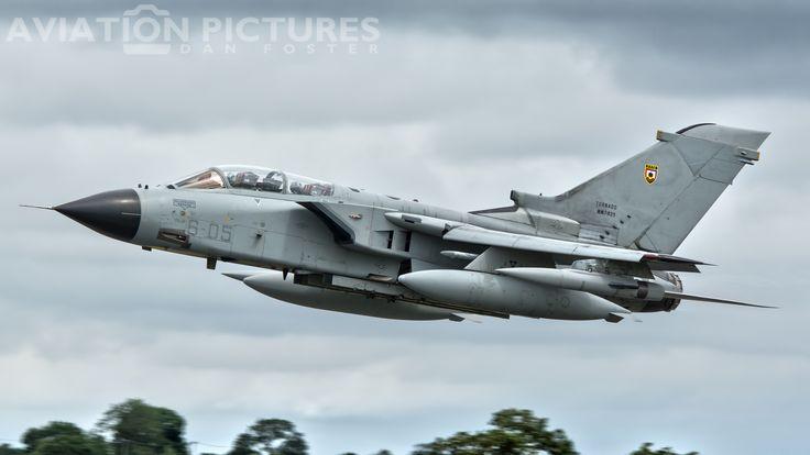 https://flic.kr/p/224B2jY | Aeronautica Militare (Italian Air Force) Panavia PA-200 Tornado IDS MM7025
