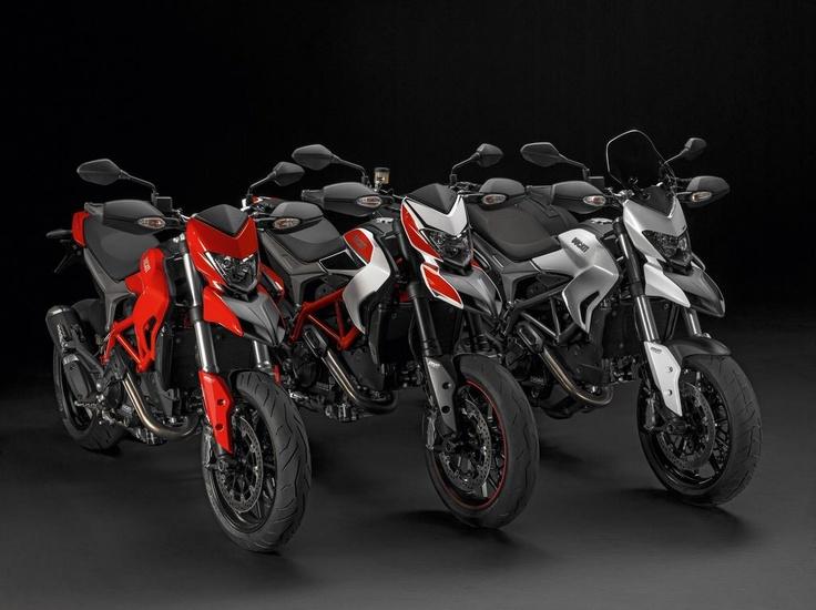 Hoy publicamos la galería de imágenes de la gama Ducati Hypermotard 2013. Nos encanta la Hyperstrada!!