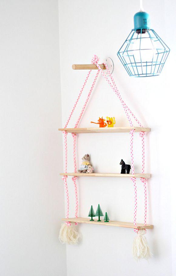 25 beste idee n over kinderkamer planken op pinterest kinderen bibliotheek kinder leesplek - Trap meubilair kind ...