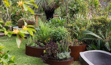 corten steel freeform raised garden beds Pre-made Circles - formboss corten metal edging