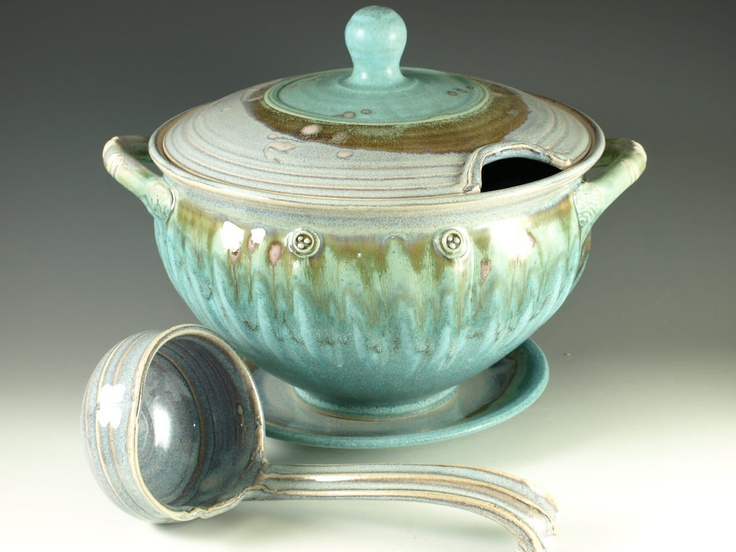 Soup Tureen With Ladle 140 00 Via Etsy How Cool Is This