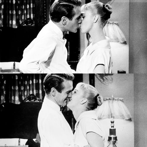 I love these two photos. Pure love. warnerarchive: Paul Newman and Joanne Woodward