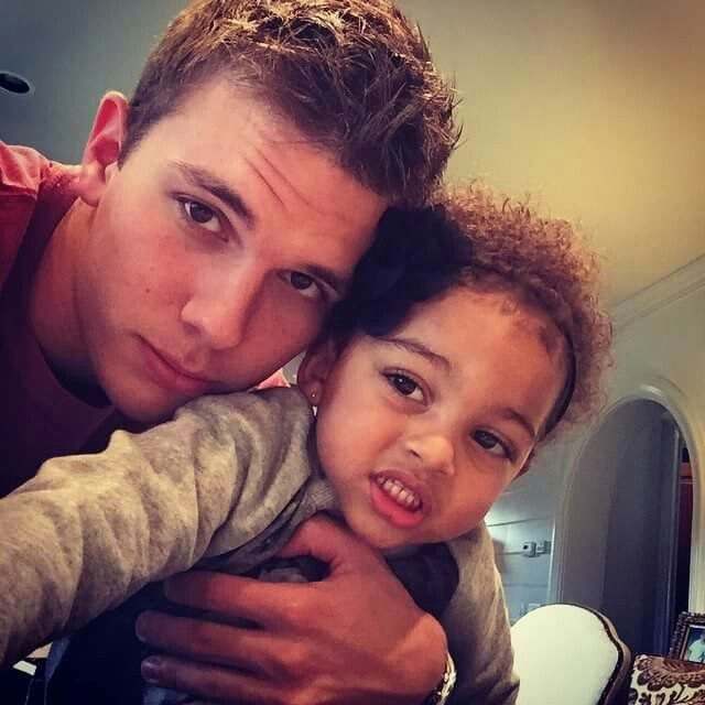 Chase Chrisley With His Beloved Niece Chloe Chrisley ....