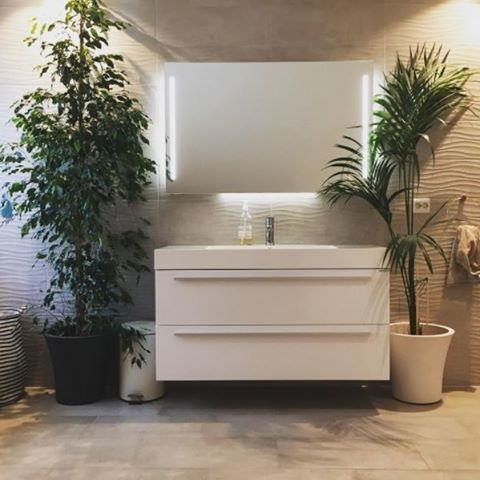 Ønsker deg en fin-fin torsdag med bilde fra det utrolig fine baderommet til @granbakken14 . Tusen takk som lar oss dele!! 🙌😄🌸 #vikingbad #baderomsinspo #baderomsdesign #bathroom #skandinaviskehjem