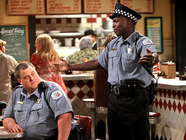 Mike & Molly, Billy Gardell | The Spin-off Carl's Junior The Premise Carl (Reno Wilson) is awakened in the middle of the night when one of his ''lady friends'' — of